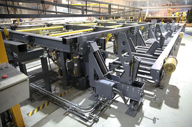 Custom packaging system for bundling square tubing